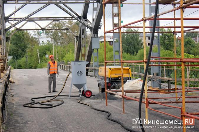 Подрядчик ремонта Никольского моста в Кинешме отстает от графика фото 8