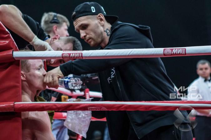 Кинешемский боксер Евгений Смирнов победил филиппинца фото 8