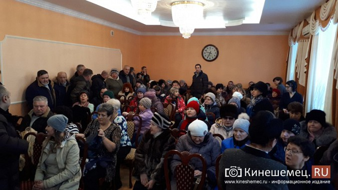 Жители Заволжска плачут и молят власть услышать их протест против могильника химотходов фото 3
