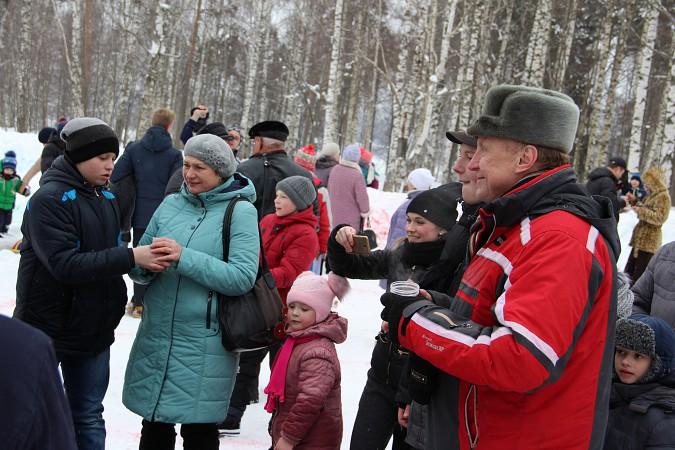 В фабричных районах Кинешмы возродили традицию праздновать Масленицу фото 15