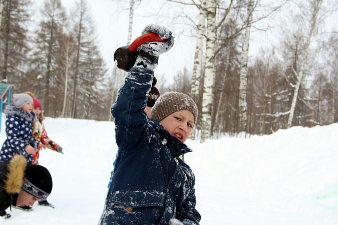 В фабричных районах Кинешмы возродили традицию праздновать Масленицу фото 7