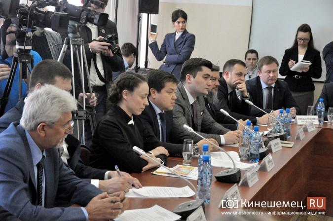 На вице-премьера Игоря Шувалова произвели впечатление Наволоки и резиденты будущего ТОСЭР фото 19