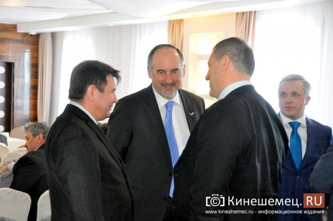 На встречу с кинешемским бизнесом приехали сразу два члена правительства региона фото 2