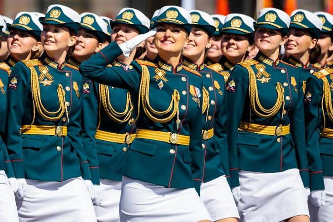 Кинешемка Анна Куюзова промаршировала по Красной площади фото 2
