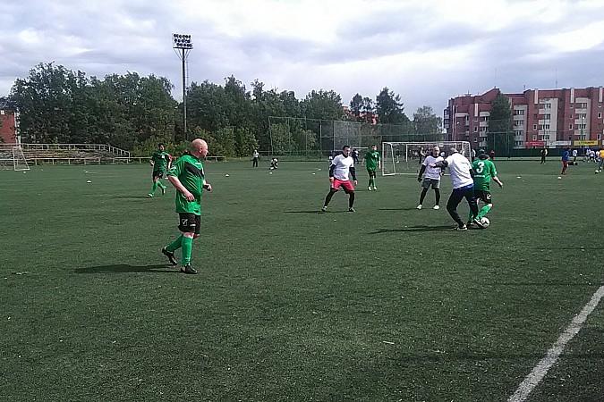 Кинешемские медики сыграли в футбол фото 5