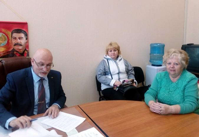 Депутат областной думы от Кинешмы Дмитрий Саломатин провел прием граждан фото 2