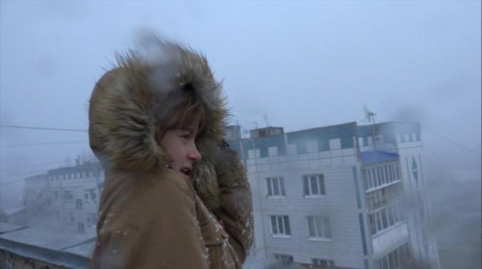 Кадр из документального фильма Л.Козловой «В центре циклона»