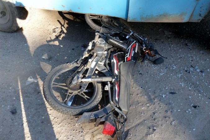 В Кинешме мопедист погиб под колесами автобуса Управления городского хозяйства фото 3