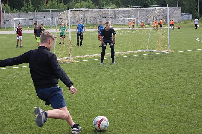 Дворовые футбольные команды начали борьбу за Кубок Александра Пахолкова фото 5