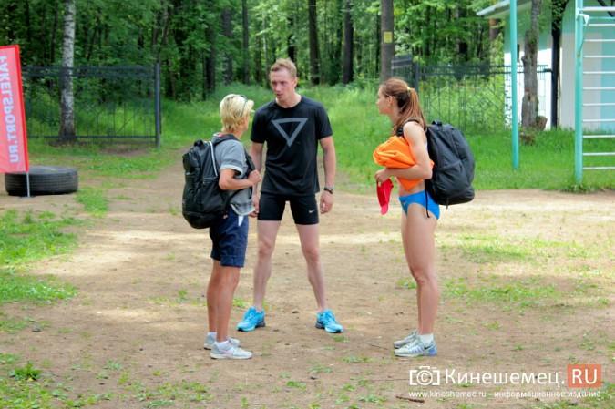 В Кинешемском парке тренируется чемпионка России по спринтерскому бегу Анна Кукушкина фото 6