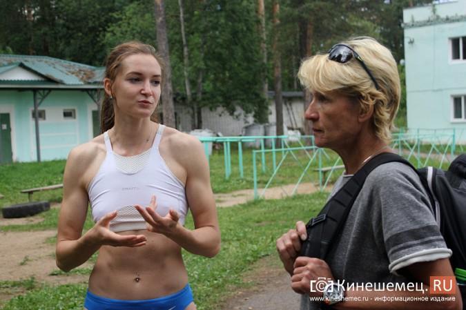 В Кинешемском парке тренируется чемпионка России по спринтерскому бегу Анна Кукушкина фото 5