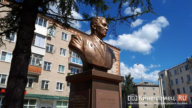 Кинешемская дума разрешит установку уже установленного бюста основателя ВДВ В.Маргелова фото 6