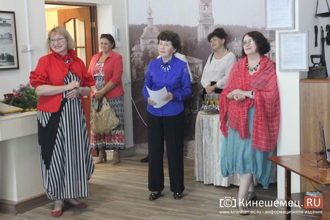 В Кинешме открылась выставка Натальи и Ксении Ледовых фото 6
