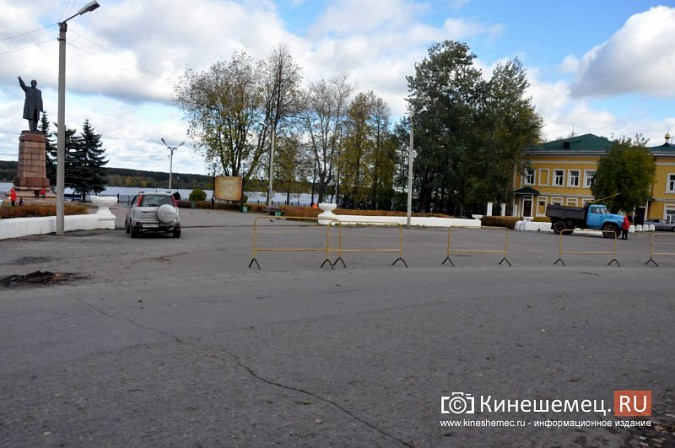 Кинешемцы не торопятся оставлять машины на новой парковке за медколледжем фото 7