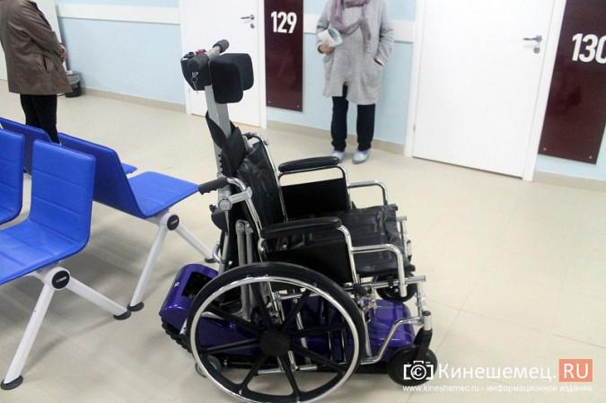 Кинешемских ветеранов ознакомили с работой отремонтированной поликлиники им. Захаровой фото 15