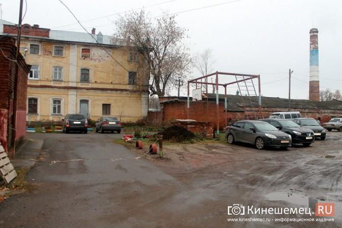 Власти Кинешмы поторопились зазывать на новую парковку в центре города фото 4