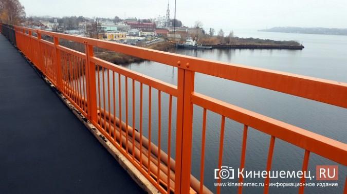 Кинешемский Никольский мост заиграл оранжевыми красками фото 12