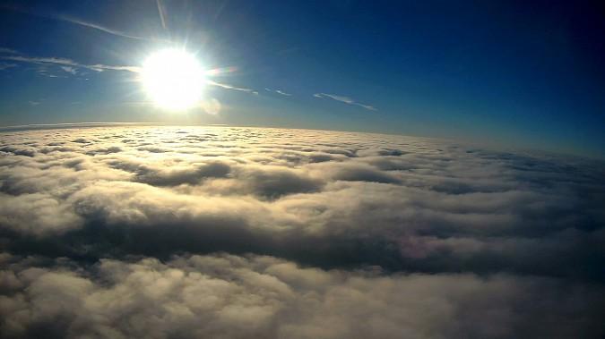 Кинешемский парапланерист взмыл над облаками и поделился впечатлениями фото 3