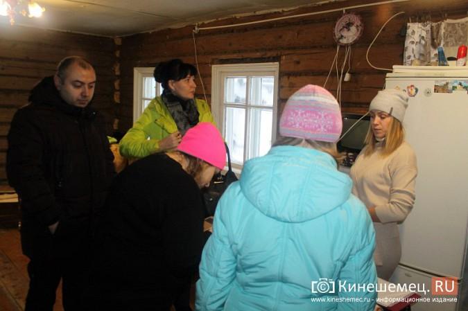 В Кинешемском районе разваливается дом, где живет ребенок-инвалид с мамой фото 15