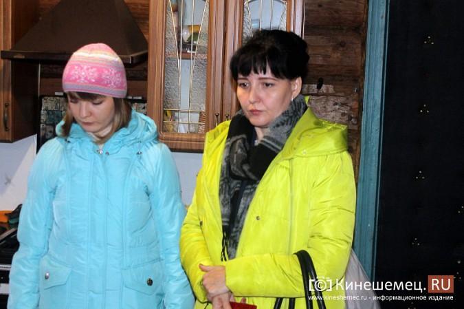 В Кинешемском районе разваливается дом, где живет ребенок-инвалид с мамой фото 22