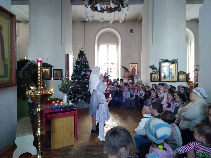 В храме Вознесения Господня прошла Рождественская елка фото 3