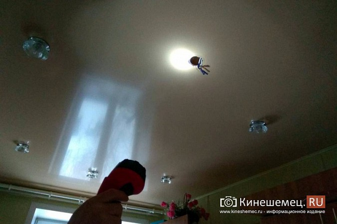 В Кинешме квартиру матери ветерана боевых действий заливает водой фото 4