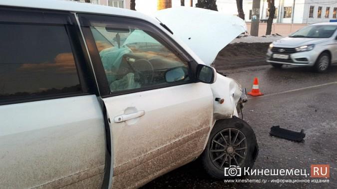 Из-за аварии на улице Вичугской Кинешма встала в огромную пробку фото 5