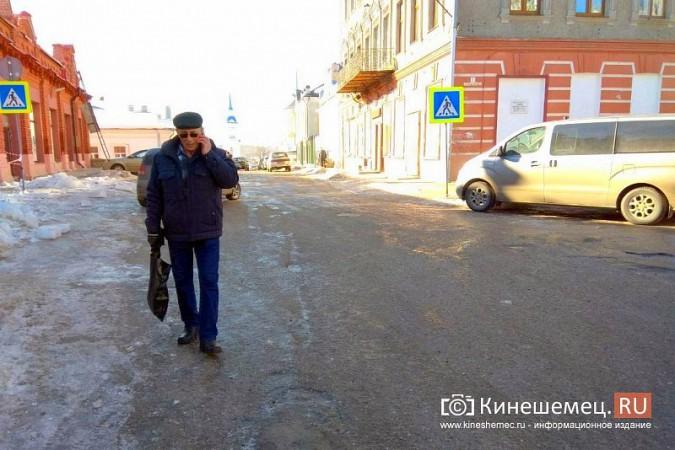 Кинешма в «лидерах» региона по жалобам на уборку снега, наледь и сосульки фото 7