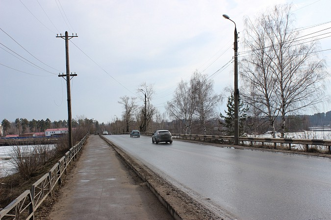 Власти Кинешмы подумывают о ремонте Кузнецкого моста фото 3