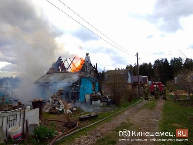 В Кинешемском районе сгорел садовый домик фото 2