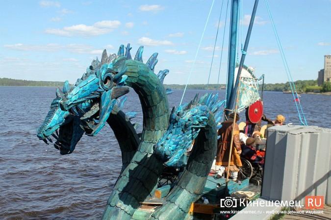 Древнерусская ладья «Змей Горыныч» пришвартовалась в Кинешме фото 43