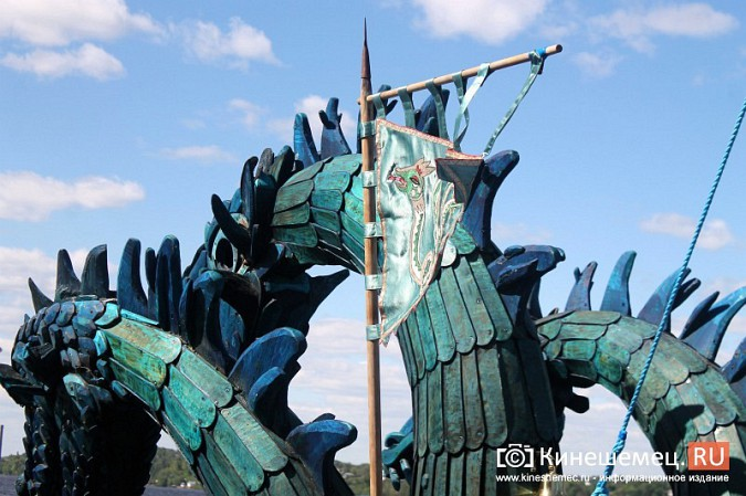 Древнерусская ладья «Змей Горыныч» пришвартовалась в Кинешме фото 19