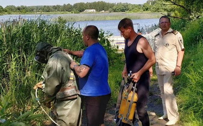 В Шуе из-за оставившего на пляже трусы, спасатели обыскали дно реки на площади 500 м² фото 4
