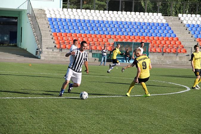 Победителем первого круга Чемпионата Кинешмы по футболу стал «ХБК Навтекс» фото 10