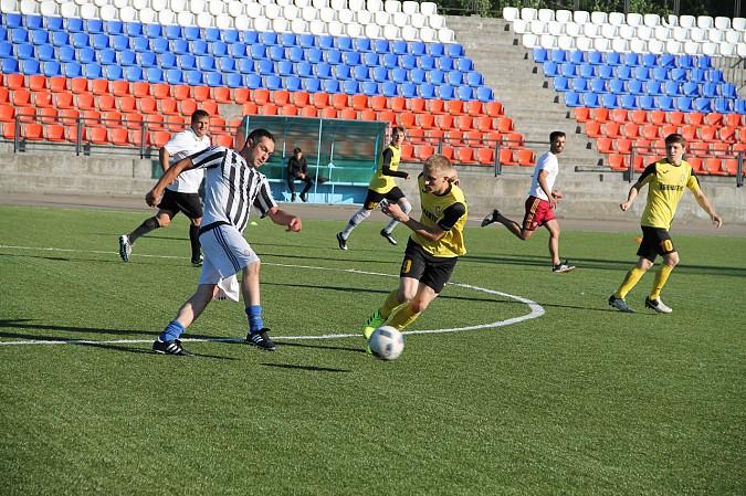 Победителем первого круга Чемпионата Кинешмы по футболу стал «ХБК Навтекс» фото 7