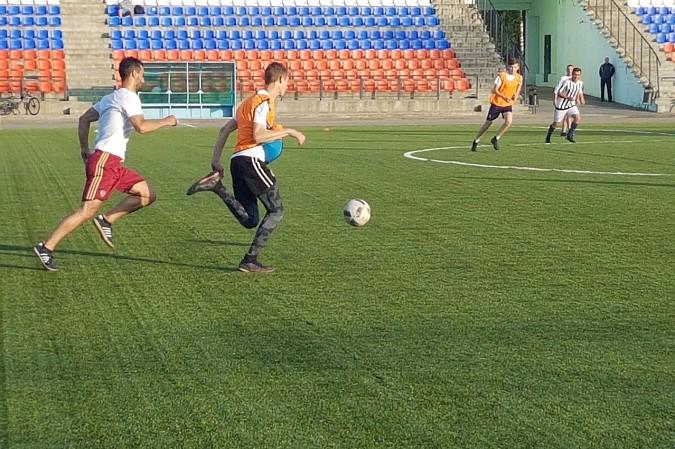 Победителем первого круга Чемпионата Кинешмы по футболу стал «ХБК Навтекс» фото 6