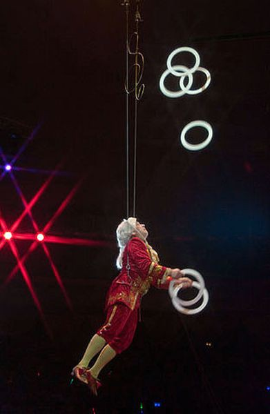 Сибирский цирк «Шапито» приглашает Кинешемцев фото 13