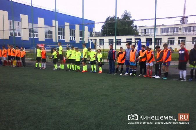 Дворовый тренер Павел Лоскунин привел команду к «бронзе» на областном футбольном фестивале фото 2