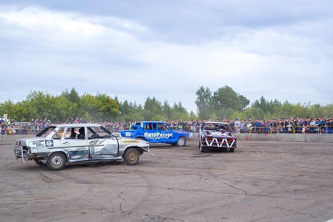 В Кинешме в четвертый раз прошли гладиаторские бои машин фото 21