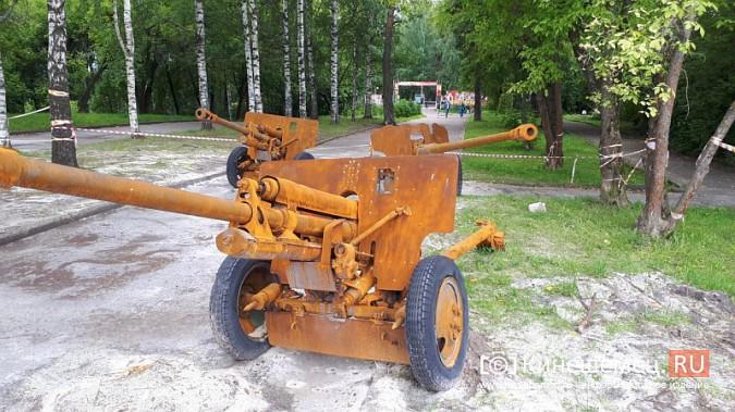 Пушки и танки в кинешемском парке готовят к покраске фото 4