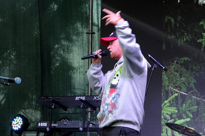 Кинешемский рэп-исполнитель выдал на фестивале в Палехе качёвый хип-хоп сэт фото 2