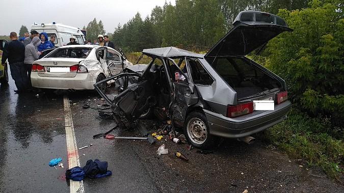 В очередном жутком ДТП у Малинок под Ивановом столкнулись 3 автомобиля фото 4