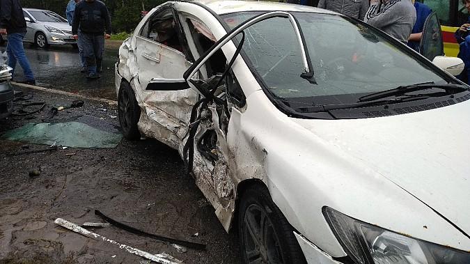В очередном жутком ДТП у Малинок под Ивановом столкнулись 3 автомобиля фото 3