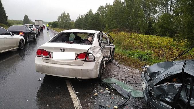 В очередном жутком ДТП у Малинок под Ивановом столкнулись 3 автомобиля фото 6