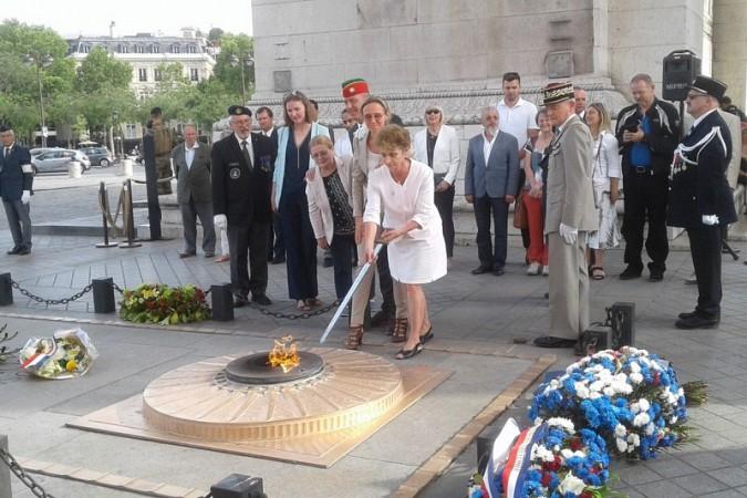 Кинешемка посетила Париж в составе делегации российского фонда мира фото 9