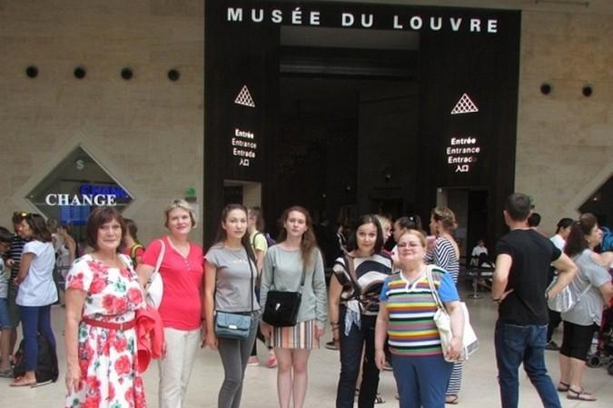 Кинешемка посетила Париж в составе делегации российского фонда мира фото 14