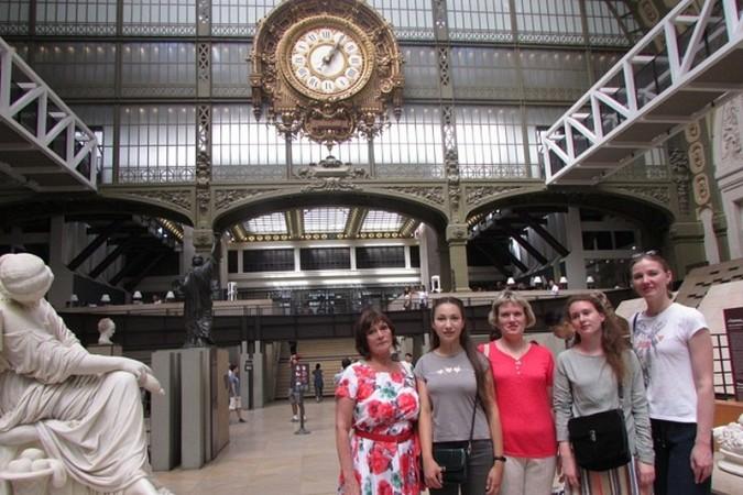 Кинешемка посетила Париж в составе делегации российского фонда мира фото 10