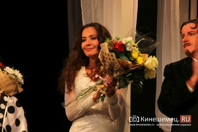 Губернатор Ивановской области оценил премьеру «Бесприданницы» в Кинешме фото 15