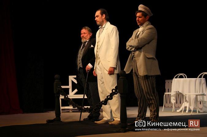 Губернатор Ивановской области оценил премьеру «Бесприданницы» в Кинешме фото 8