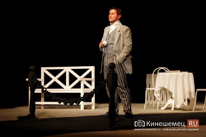 Губернатор Ивановской области оценил премьеру «Бесприданницы» в Кинешме фото 4